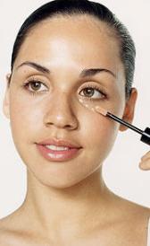 Imágen de maquillaje de ojeras